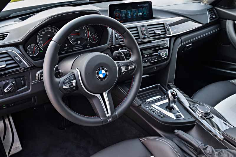 introduced-a-special-limited-car-to-commemorate-the-30-years-since-the-advent-of-the-first-generation-bmw-m3-30-jahre-m320160930-14