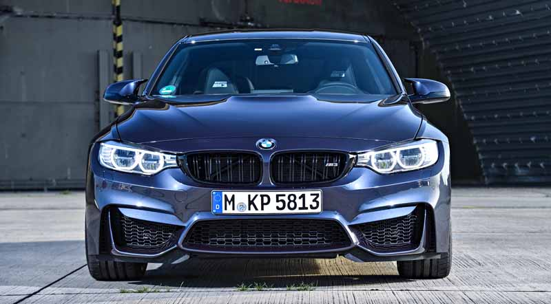 introduced-a-special-limited-car-to-commemorate-the-30-years-since-the-advent-of-the-first-generation-bmw-m3-30-jahre-m320160930-16