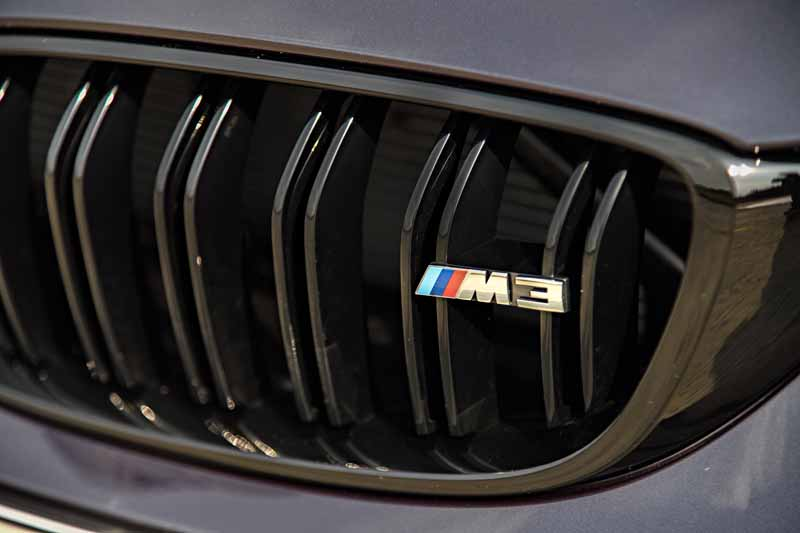 introduced-a-special-limited-car-to-commemorate-the-30-years-since-the-advent-of-the-first-generation-bmw-m3-30-jahre-m320160930-6