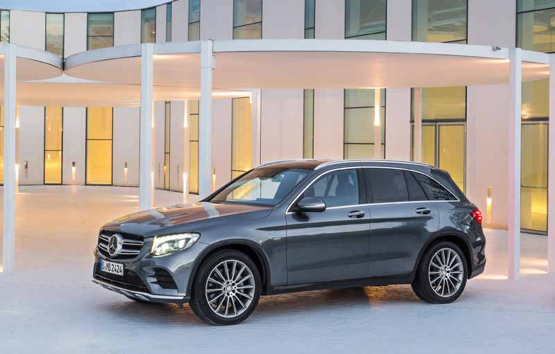 mbj-released-glc350e-4matic-sports-and-amg-glc43-4matic20160910-42