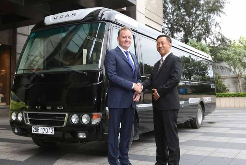 mitsubishi-fuso-small-bus-rosa-the-first-time-250-of-the-base-vehicle-for-limousine-specifications-in-vietnam-orders20160923-2
