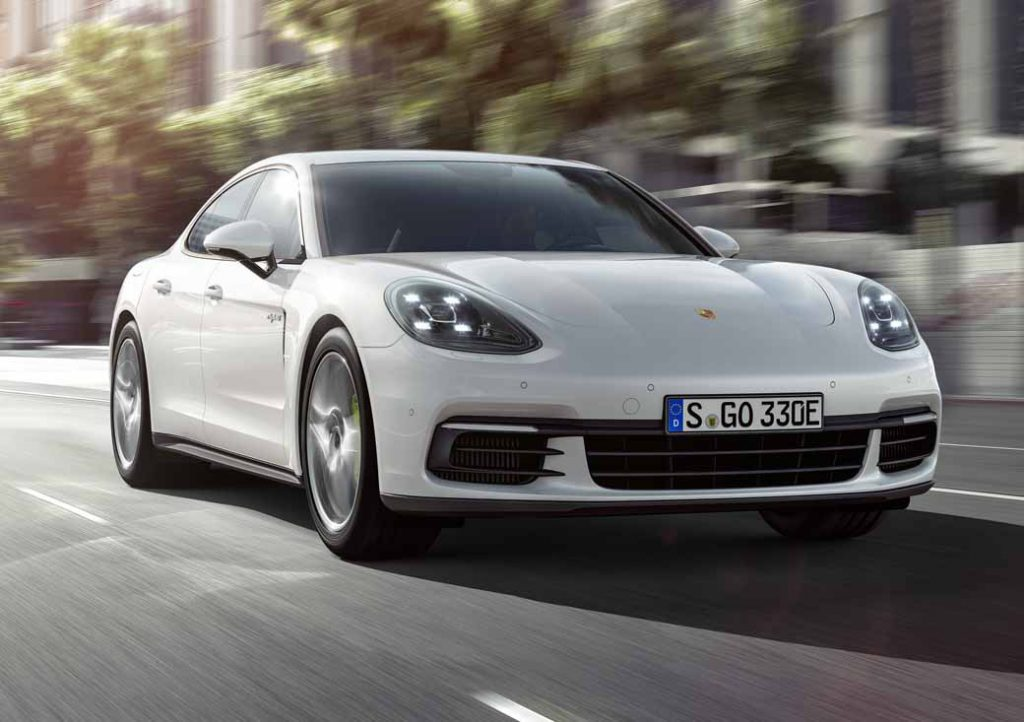 porsche-japan-the-start-of-the-booking-orders-for-the-panamera-4s-hybrid20160910-6