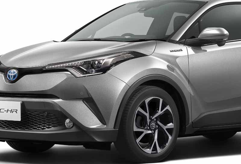 premiere-toyota-the-vehicle-outline-of-the-new-compact-suv-c-hr-japan-specification20160928-11
