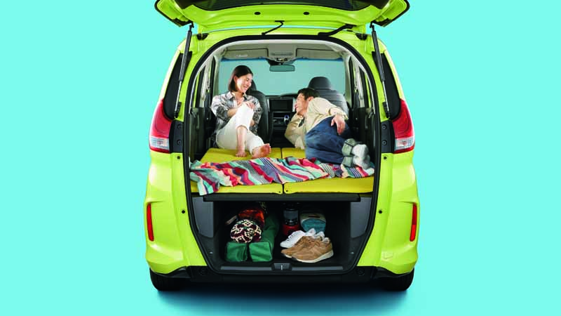 revamped-honda-the-freed-freed-plus-in-the-compact-minivan20160916-6