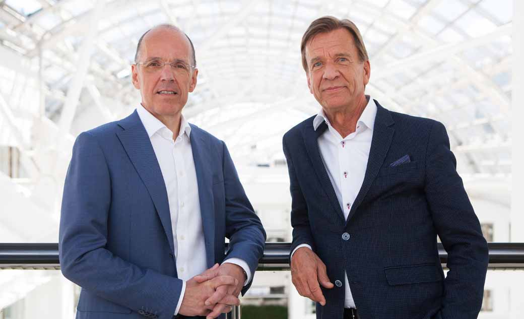 set-up-volvo-cars-and-autoliv-a-joint-venture-of-automatic-operation-in-sweden-gothenburg20160910-2