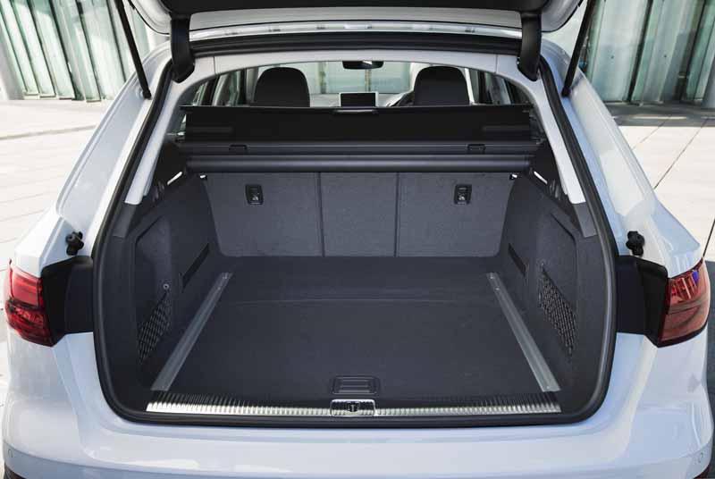 the-new-premium-crossover-audi-a4-allroad-quattro-is-released20160906-9