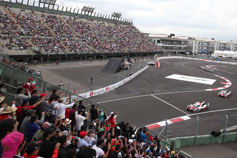 toyota-camp-third-place-podium-finish-in-the-wec-round-5-mexico-6-hours-finals20160906-4