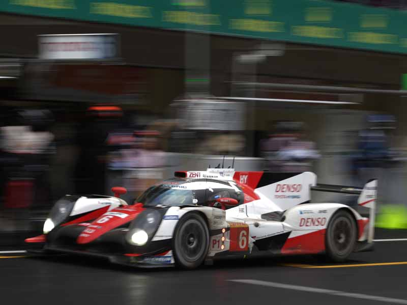 toyota-camp-third-place-podium-finish-in-the-wec-round-5-mexico-6-hours-finals20160906-6