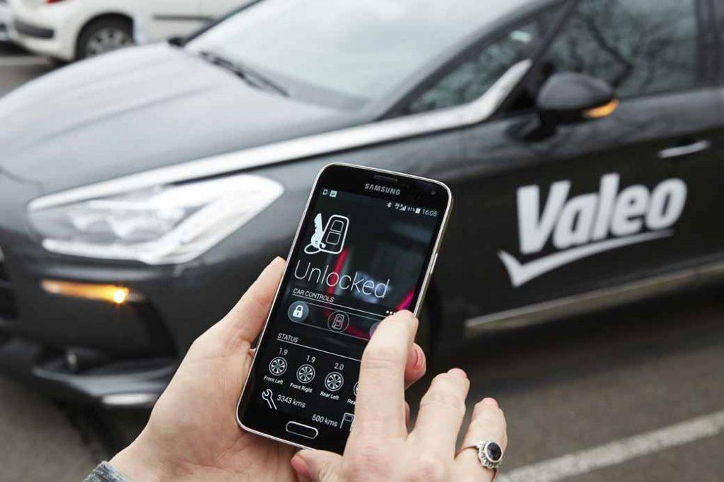 valeo-and-gemalto-the-development-partner-for-the-smartphone-in-a-secure-key-of-the-car20160925-2