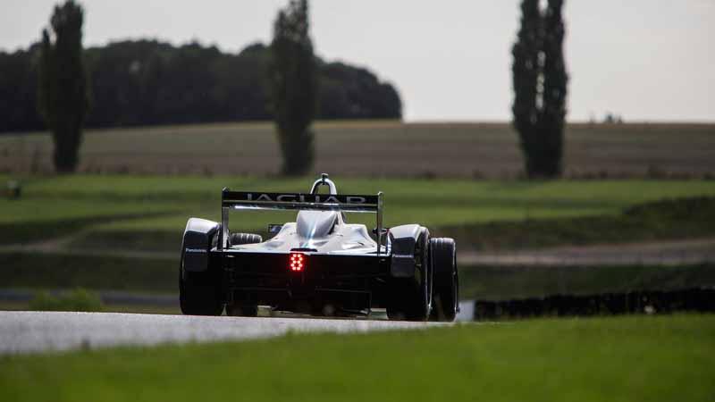 war-jaguar-land-rover-the-formula-e-of-panasonic-and-ev-world-championship-series20160918-13