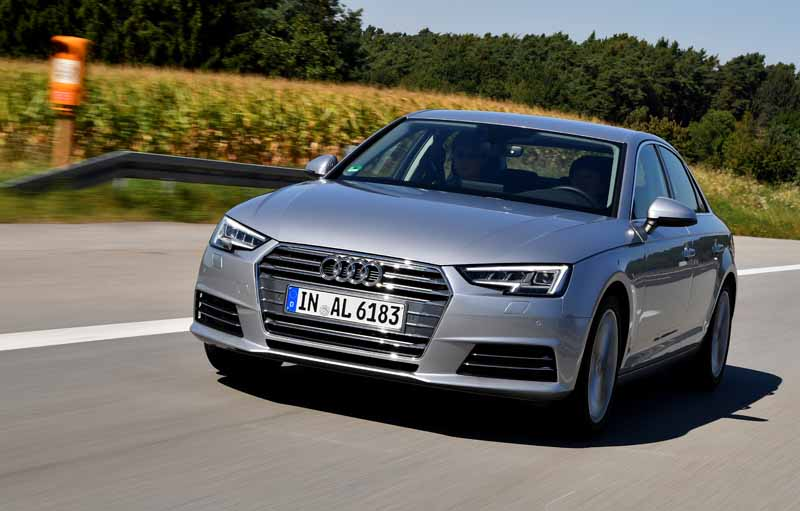 1-4tfsi-added-to-the-audi-a4-a4-avant-limited-car-1st-edition-released-simultaneously20161027-11