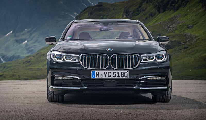 add-bmw-the-740e-iperformance-of-a-new-generation-hybrid-to-7-of-the-flagship-model20161014-1