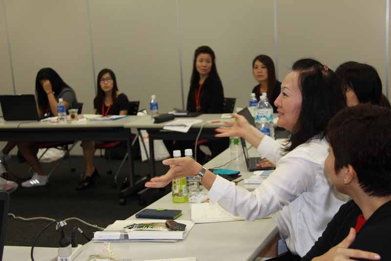 autobacs-to-terminate-the-female-employees-of-the-countries-held-a-workshop-for-the-female-customer-expansion-20161007-1