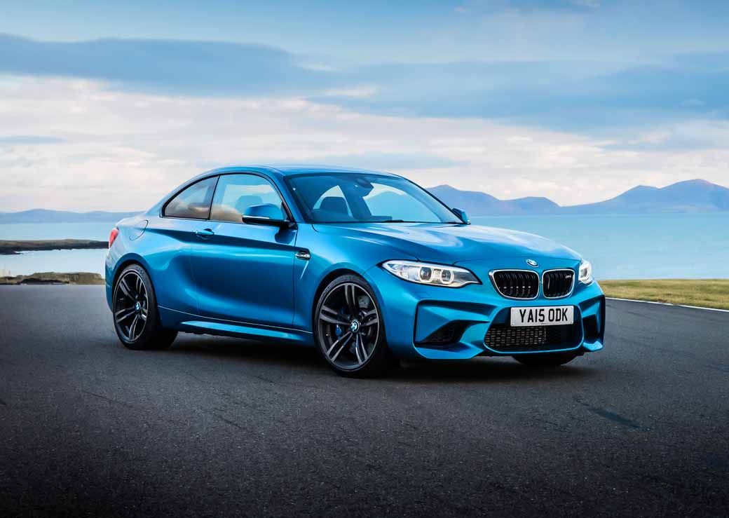bmw-m2-add-a-6-speed-mt-vehicles-which-gave-the-throttle-blipping-function-in-coupe20161025-2