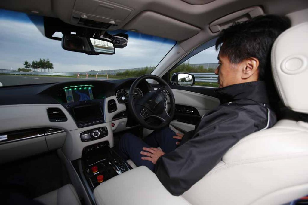 bosch-introduce-new-test-vehicle-to-automatic-operation-development-accelerate-the-system-development-of-automatic-operation-in-japan20161002-2
