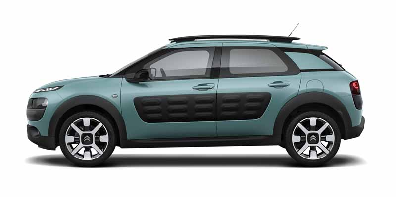 citroen-released-200-units-c4-cactus-limited-of-individualistic-suv-price-from-2-38-million-yen20161009-10
