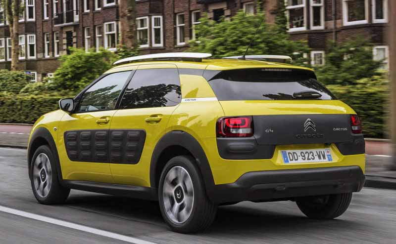 citroen-released-200-units-c4-cactus-limited-of-individualistic-suv-price-from-2-38-million-yen20161009-14
