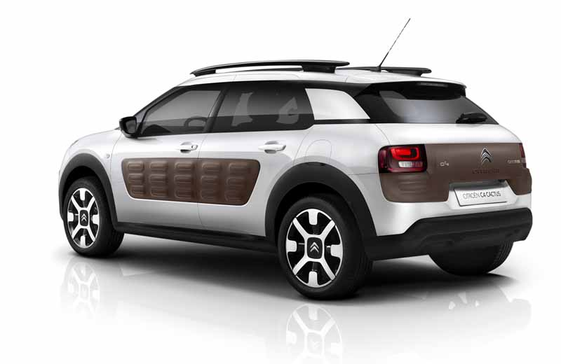 citroen-released-200-units-c4-cactus-limited-of-individualistic-suv-price-from-2-38-million-yen20161009-15