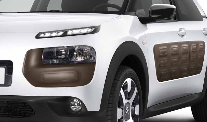 citroen-released-200-units-c4-cactus-limited-of-individualistic-suv-price-from-2-38-million-yen20161009-18