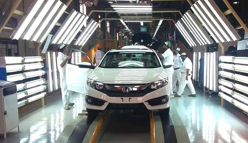 honda-achieve-a-four-wheel-vehicle-production-total-300000-units-in-pakistan20161021-4