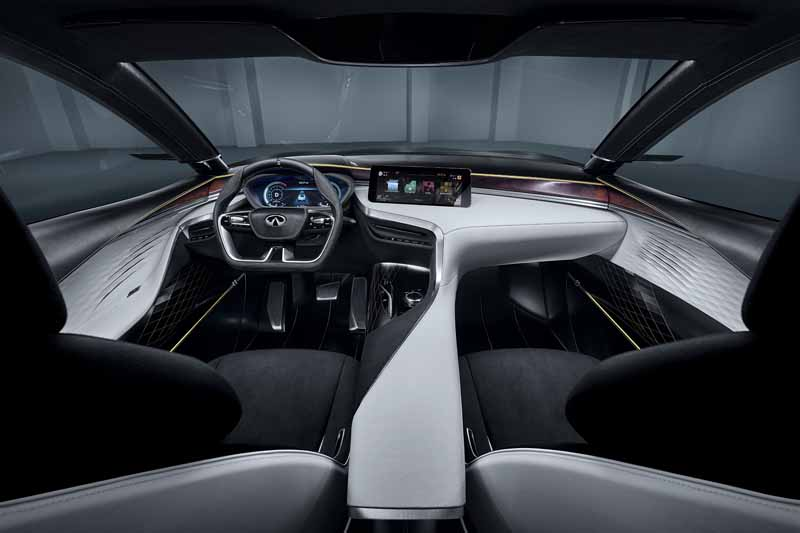 infiniti-the-world-premiere-of-the-vc-t-variable-compression-ratio-engine-technology-at-the-paris-motor-show20161002-6