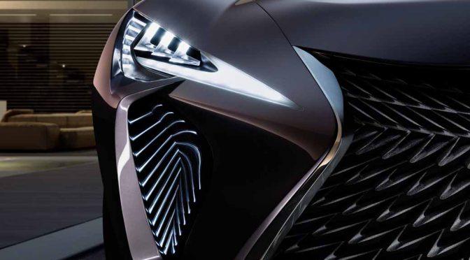 LEXUS、パリモーターショーでCUVのコンセプトカー「UX Concept」を世界初公開