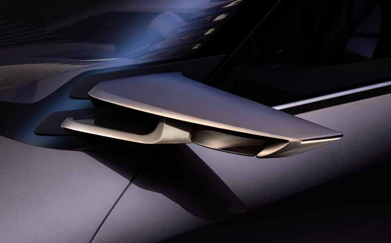 lexus-the-world-premiere-of-the-concept-car-ux-concept-in-the-cuv-at-the-paris-motor-show20161002-7