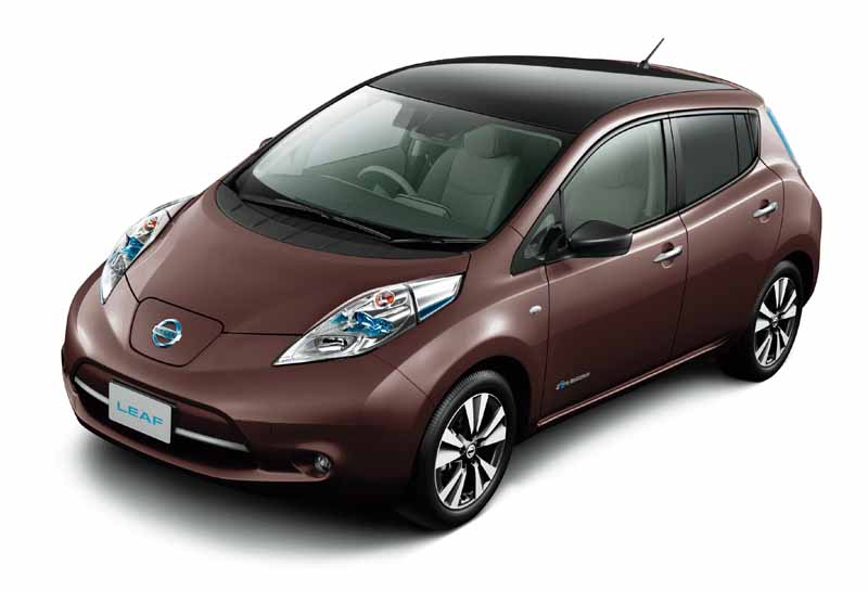 nissan-leaf-cumulative-worldwide-sales-of-200000-units-achieved-to-commemorate-the-special-specification-car-thanks-edition-released20161009-5