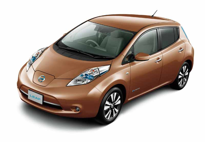 nissan-leaf-cumulative-worldwide-sales-of-200000-units-achieved-to-commemorate-the-special-specification-car-thanks-edition-released20161009-6
