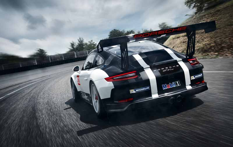porsche-ag-announced-the-new-911-gt3-cup-with-a-state-of-the-art-drive-unit20161009-5