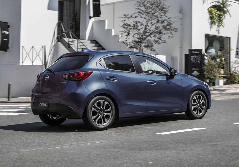 product-improvement-mazda-the-demio-additional-special-edition-models-tailored-brown-also20161017-3