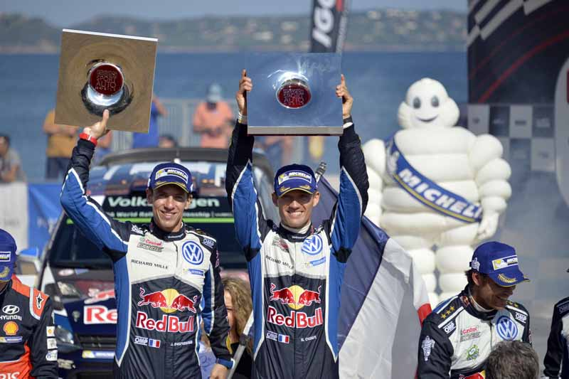 sebastien-ogier-player-of-vw-is-first-victory-at-a-local-event-checkmate-to-the-wrc-championship-defense20161009-1
