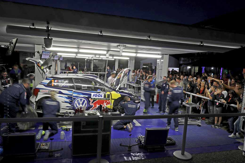 sebastien-ogier-player-of-vw-is-first-victory-at-a-local-event-checkmate-to-the-wrc-championship-defense20161009-8