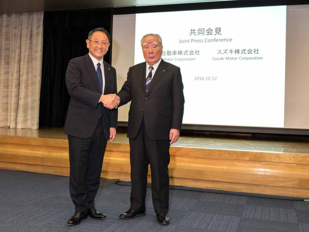 suzuki-and-toyota-the-start-of-the-study-for-the-business-alliance-environment-and-to-strengthen-cooperation-in-areas-such-as-safety-and-information-technology20-161012-11