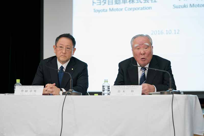 suzuki-and-toyota-the-start-of-the-study-for-the-business-alliance-environment-and-to-strengthen-cooperation-in-areas-such-as-safety-and-information-technology20-161012-13