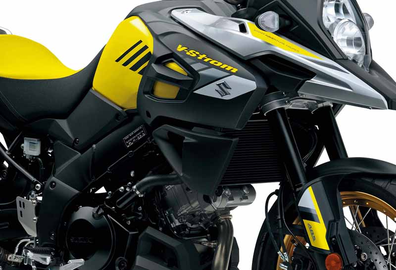suzuki-announced-the-new-model-of-overseas-motorcycles-in-germany-inter-moto20161004-98