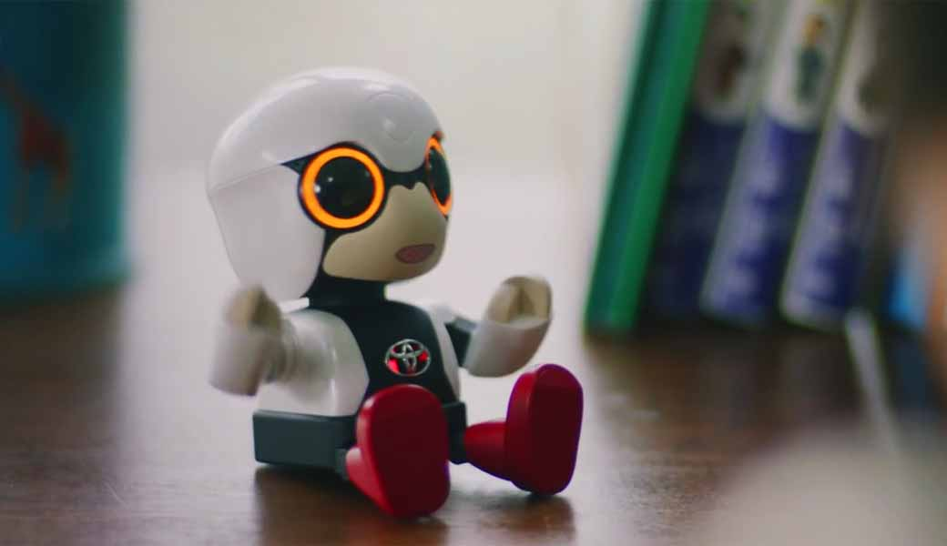 toyota-motor-corp-launched-a-communications-partner-kirobo-mini20161009-7