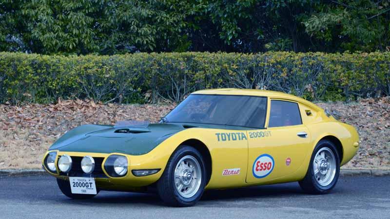 toyota-motor-corporation-held-the-2016-toyota-automobile-museum-classic-car-festival-in-jingu-gaien20161024-4
