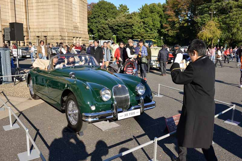 toyota-motor-corporation-held-the-2016-toyota-automobile-museum-classic-car-festival-in-jingu-gaien20161024-7