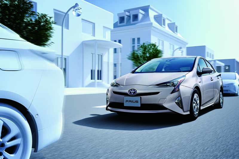 toyota-opened-a-collision-avoidance-assistance-package-mounting-aqua-prius-special-specification-car-of-the-special-site-of20161011-2