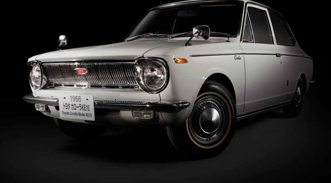 toyota-opened-a-corolla-50th-anniversary-special-site-follow-the-journey-of-birth-half-a-century-the-celebrated-taking-the-same-car-has-walked-50-years20161023-98