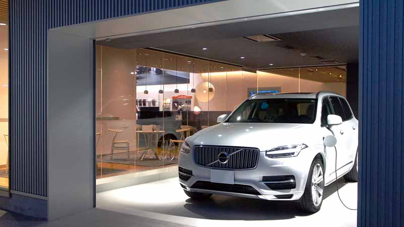volvo-car-chita-kariya-revamped-adopted-a-new-showroom-ci-volvo-retail-experience20161007-2