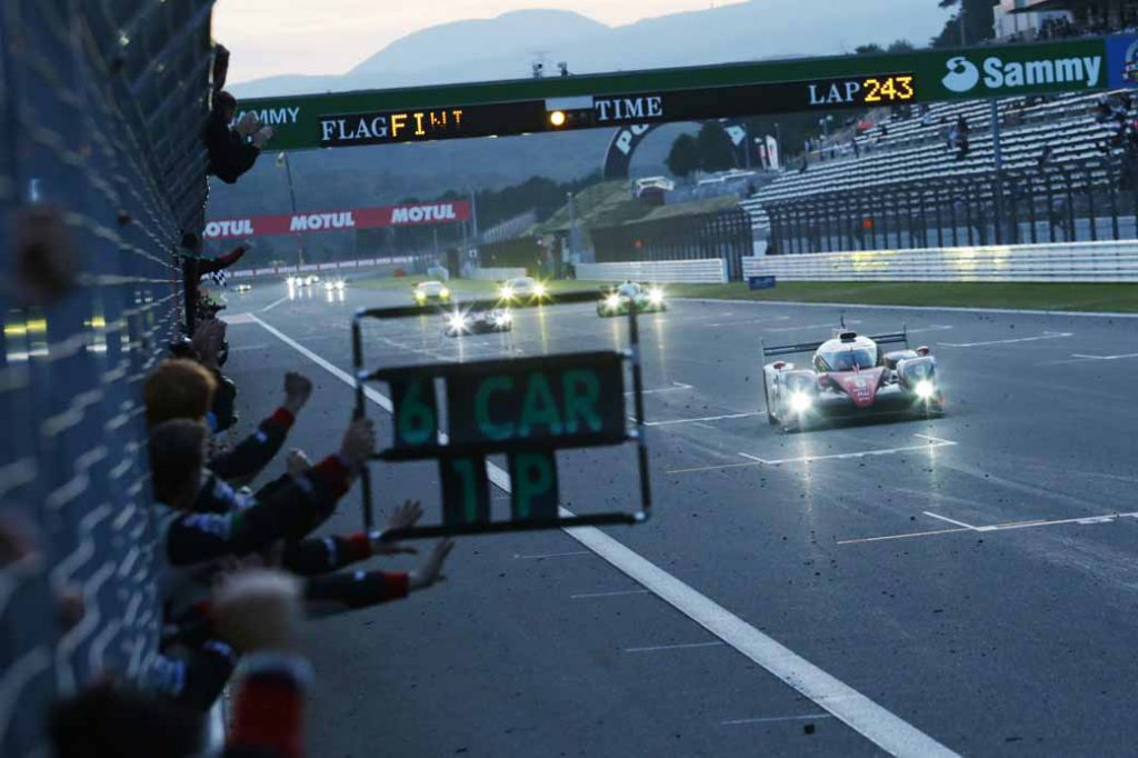 wec-round-7-fuji-6-hours-finals-winning-the-toyota-narrowly-second-place-audi-divide-the-podium-in-third-place-porsche20161016-1