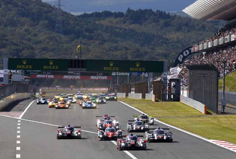 wec-round-7-fuji-6-hours-finals-winning-the-toyota-narrowly-second-place-audi-divide-the-podium-in-third-place-porsche20161016-2