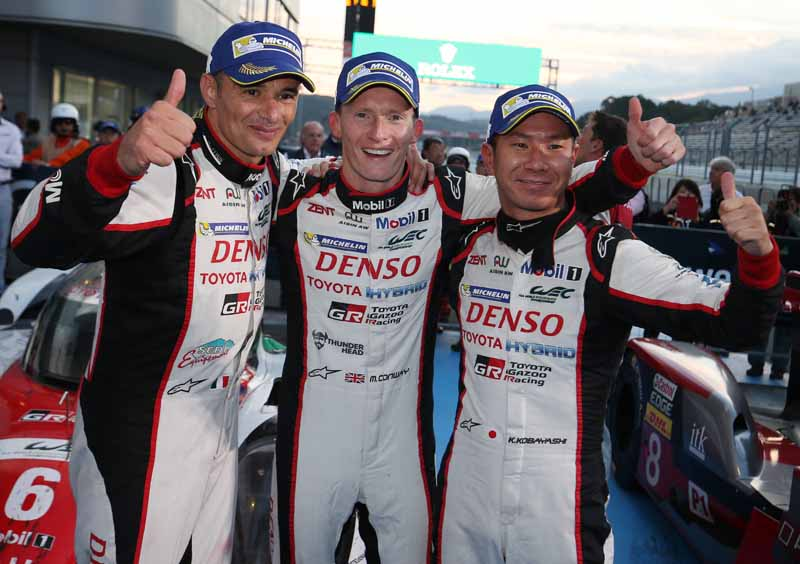 wec-round-7-fuji-6-hours-finals-winning-the-toyota-narrowly-second-place-audi-divide-the-podium-in-third-place-porsche20161016-98