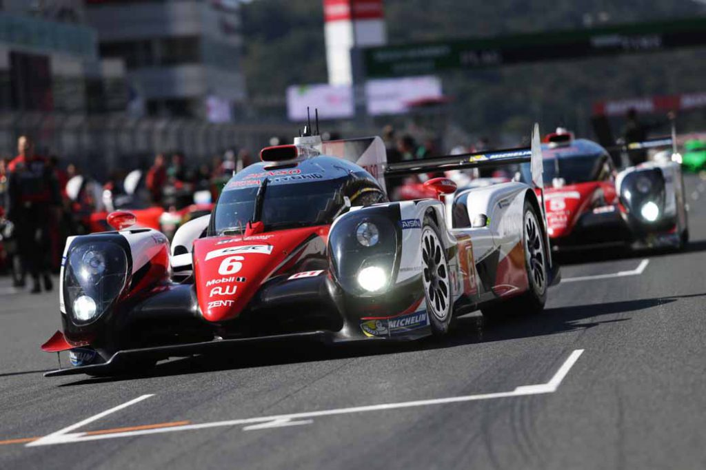 wec-round-7-fuji-6-hours-finals-winning-the-toyota-narrowly-second-place-audi-divide-the-podium-in-third-place-porsche20161016-99