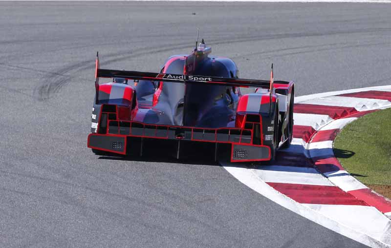 wec-round-7-fuji-audi-8-car-this-season-fifth-pole-position-in-0-5-seconds-difference-between-the-six-head-to-head20161016-2