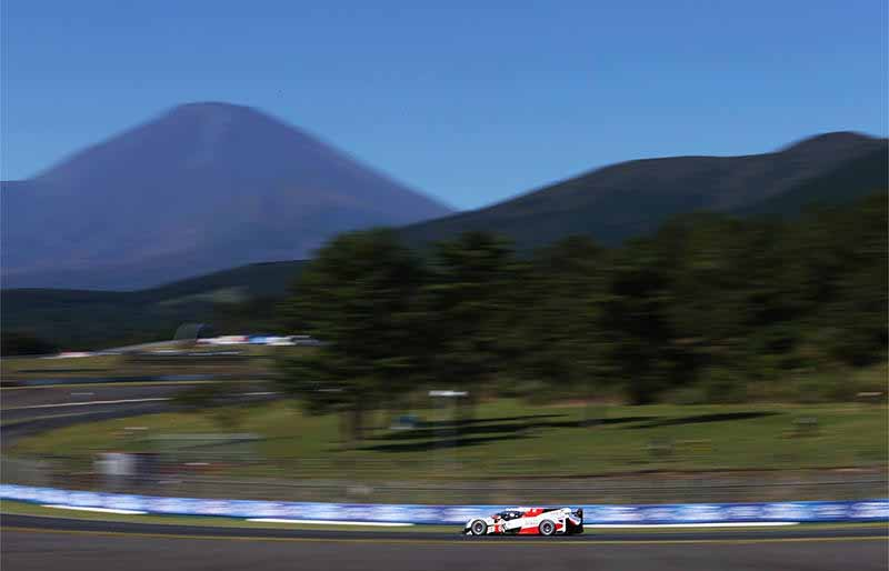 wec-round-7-fuji-audi-8-car-this-season-fifth-pole-position-in-0-5-seconds-difference-between-the-six-head-to-head20161016-21