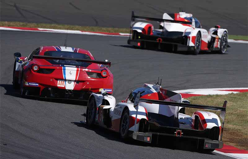 wec-round-7-fuji-audi-8-car-this-season-fifth-pole-position-in-0-5-seconds-difference-between-the-six-head-to-head20161016-23