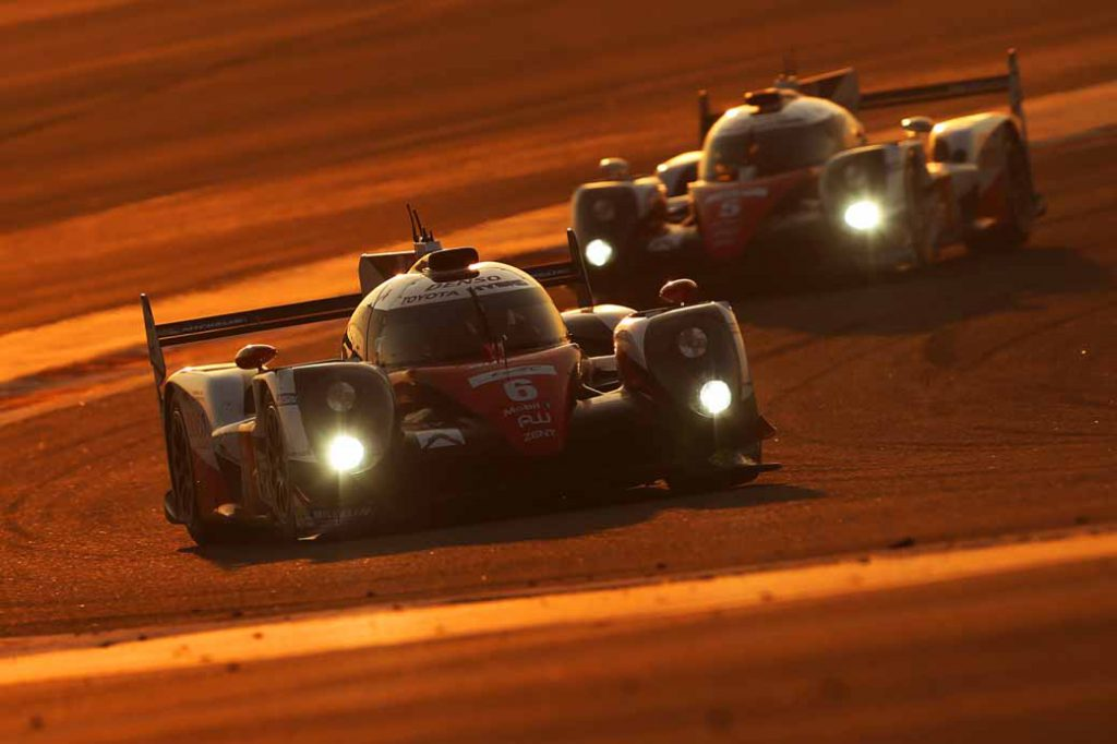 last-9-races-of-the-world-endurance-championship-wec-%c2%b7-bahrain-audi-r18-decorate-the-flowerway-withdrawing-as-a-top-monopoly20161121-1
